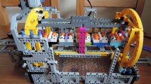 lego gbc roller coaster unload 01