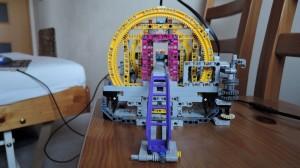 lego gbc roller coaster unload 03