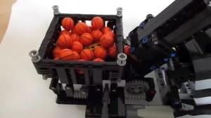 Lego Technic - the rocking escalator (GBC) 103